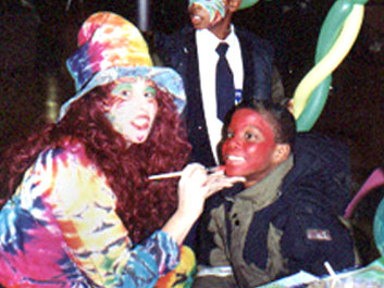 Texas kids party clowns for rent dallas children 39 s for Face painting clowns for birthday parties